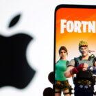 Apple hat befohlen, Kunden OUTSIDE App Store für einen großen Gewinn für Epic Games bezahlen zu lassen, aber Fortnite-Hersteller muss möglicherweise eine riesige Summe husten — RT USA News
