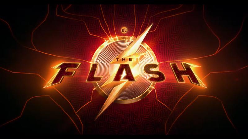 Ezra Miller enthüllt einen schnellen Blick auf die Zeitreise-Turbulenzen des Flash-Films
